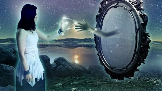 Paralelní svět za zrcadlem