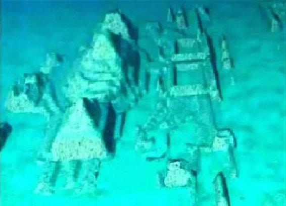 Obrovské pyramidy a sfingy nalezeny v Bermudském trojúhelníku