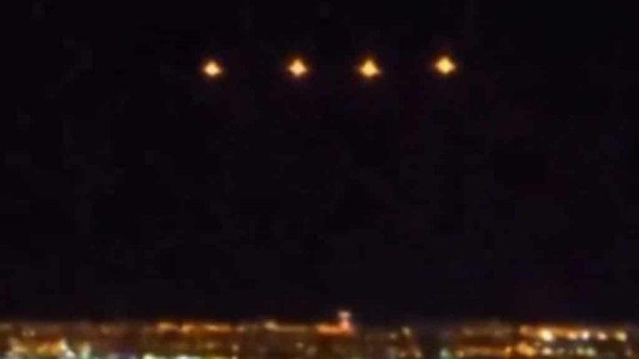 UFO vznášející se nad Las Vegas