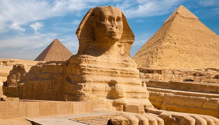 Ovládali egyptští kněží antigravitaci a levitaci